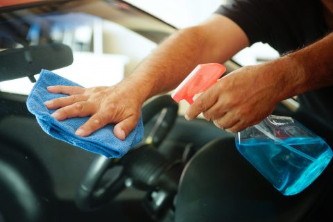 how to clean car windows